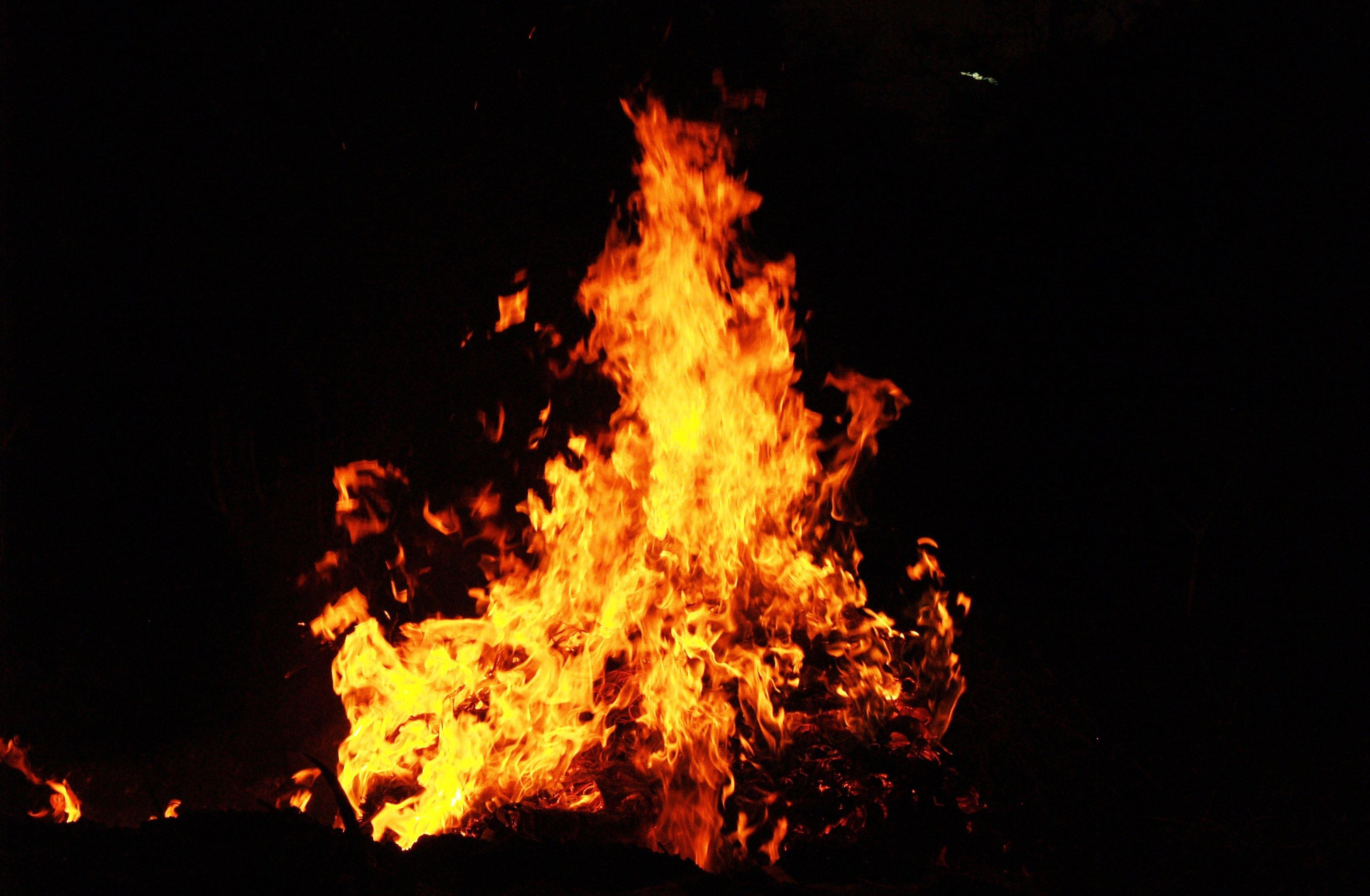 Hình nền lửa cháy đẹp nhất