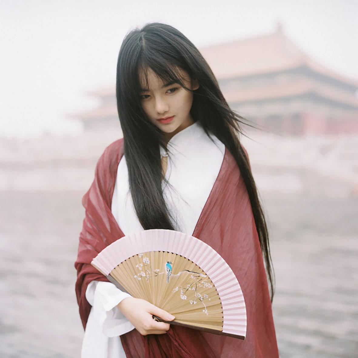 Hình ảnh hot girl Trung Quốc hóa trang