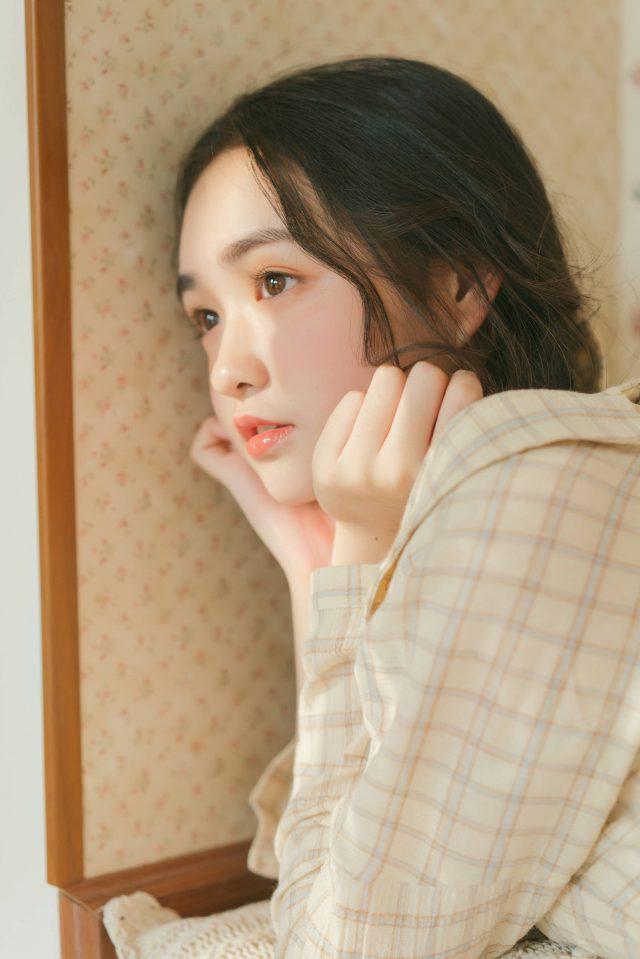 Hình ảnh hot girl Trung Quốc khuôn mặt dễ thương