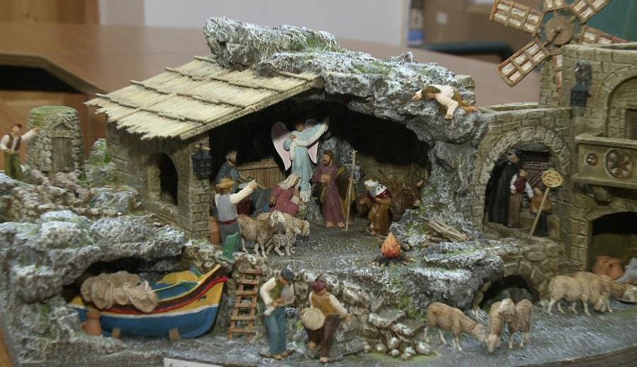 Mẫu hang đá giáng sinh Noel