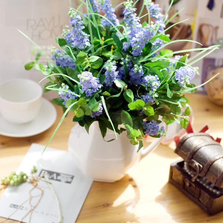 Lọ hoa để bàn màu tím đẹp