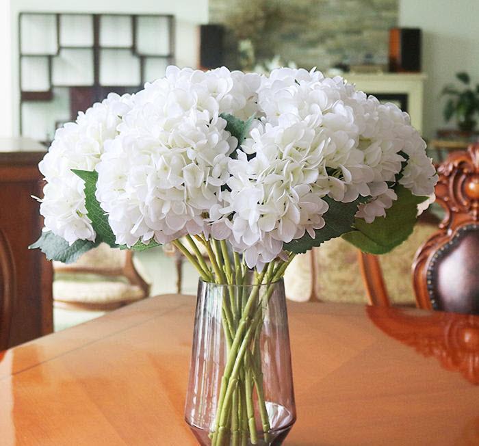 Mẫu hoa cẩm chướng để bàn đẹp