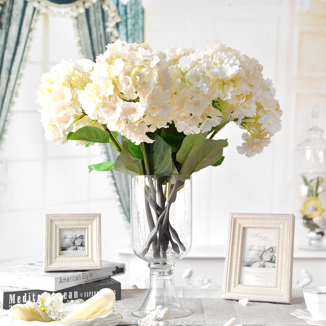 Mẫu hoa để bàn