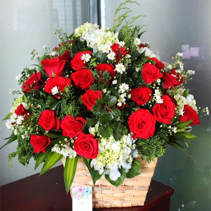 Mẫu hoa hồng để bàn