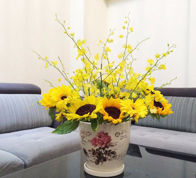 Mẫu hoa hướng dương để bàn đẹp