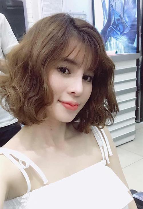 Kiểu tóc ngắn bồng bềnh cho con gái