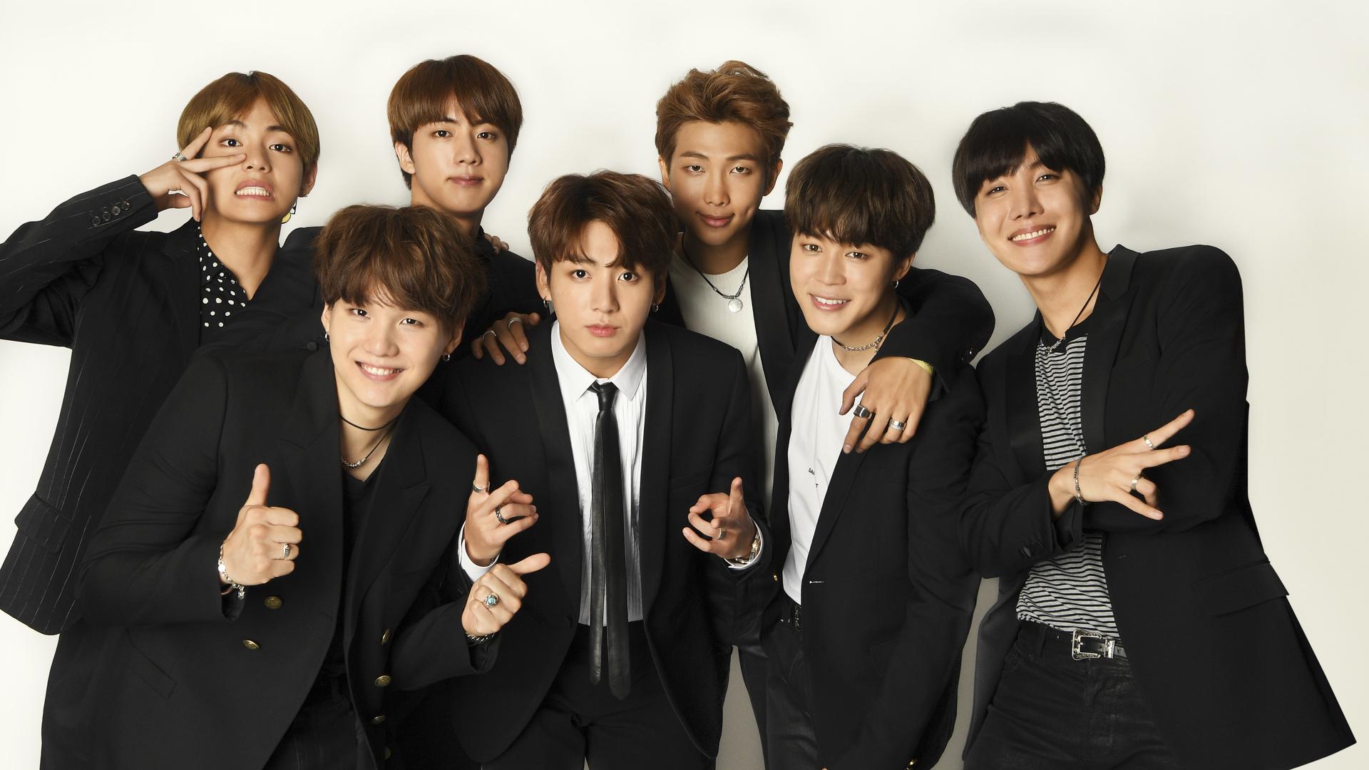Ảnh nền BTS tập hợp các thành viên