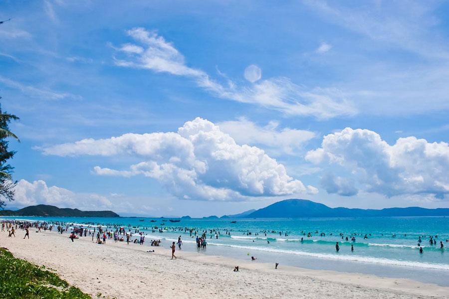 Ảnh đẹp bãi biển Nha trang cát trắng