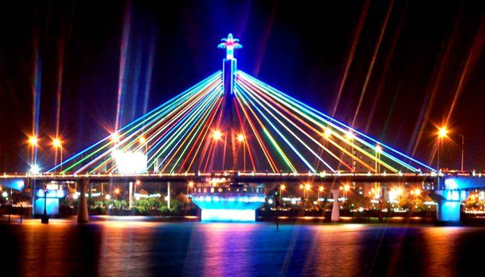 Hình ảnh cầu Quay Đà nẵng