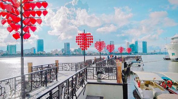 Hình ảnh cầu tình yêu ở Đà nẵng