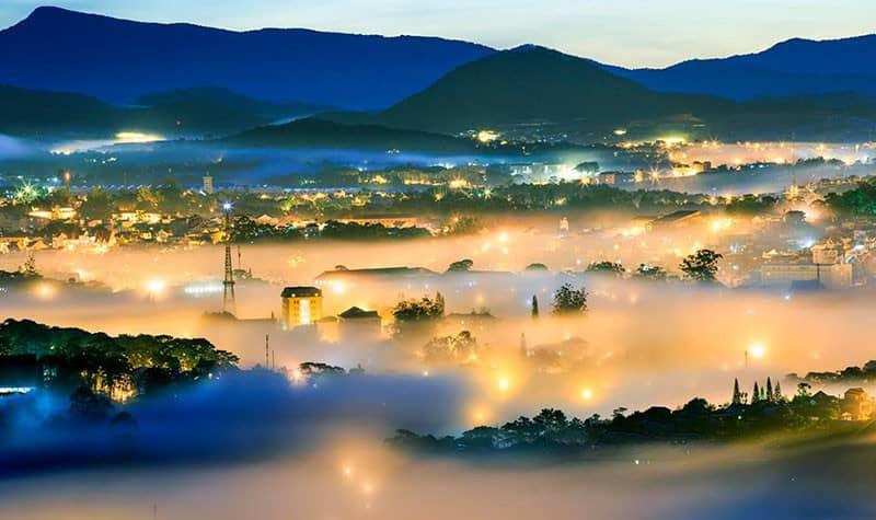 Hình ảnh Đà lạt mờ sương sáng sớm
