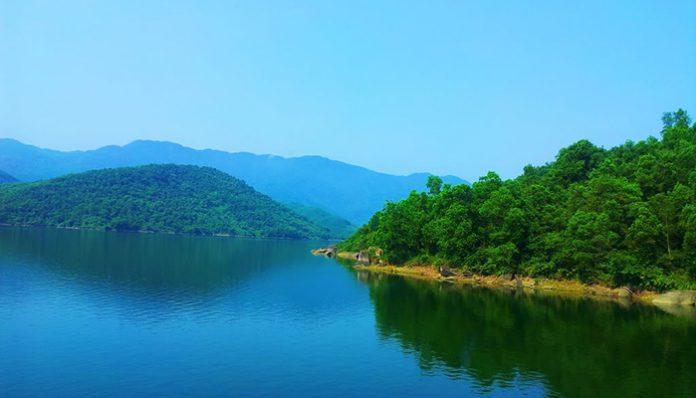 Hình ảnh hồ đồng xanh Đà nẵng