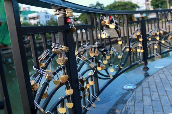 Hình ảnh khóa tình yêu ở Đà nẵng