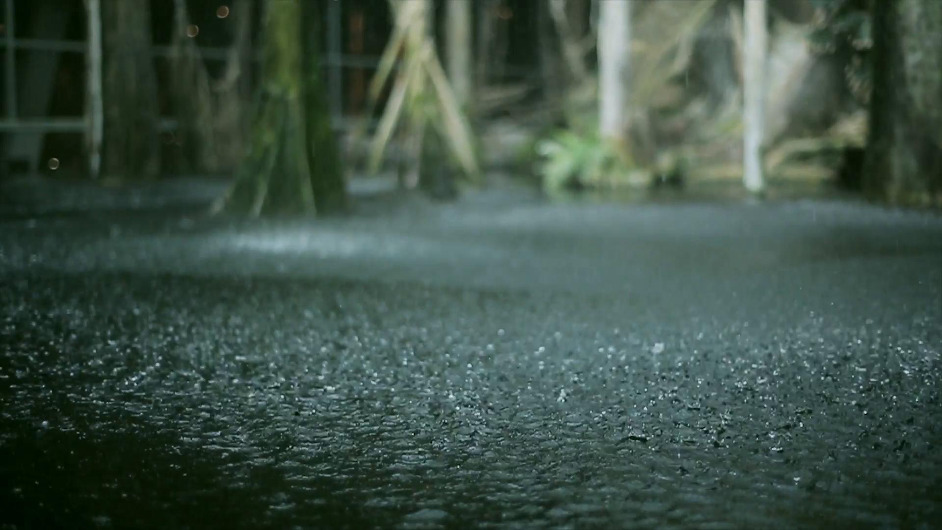 Hình ảnh trời mưa to đẹp