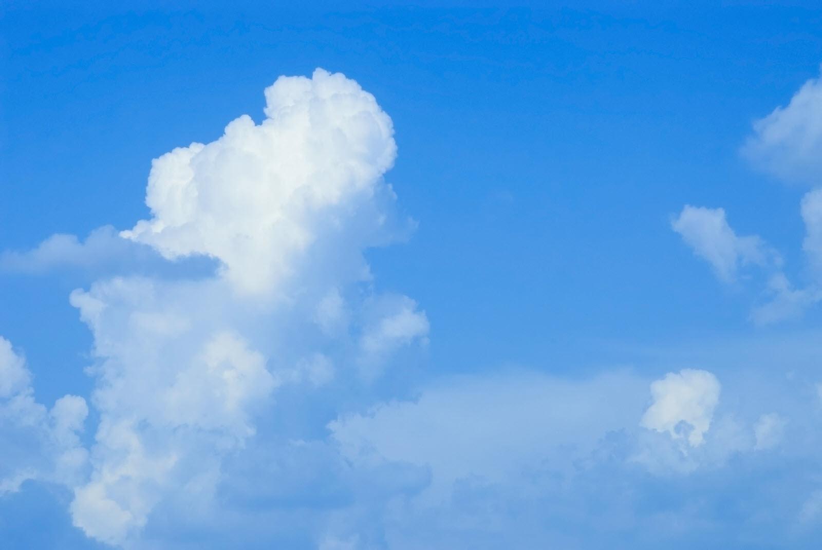 Background mây trắng xanh