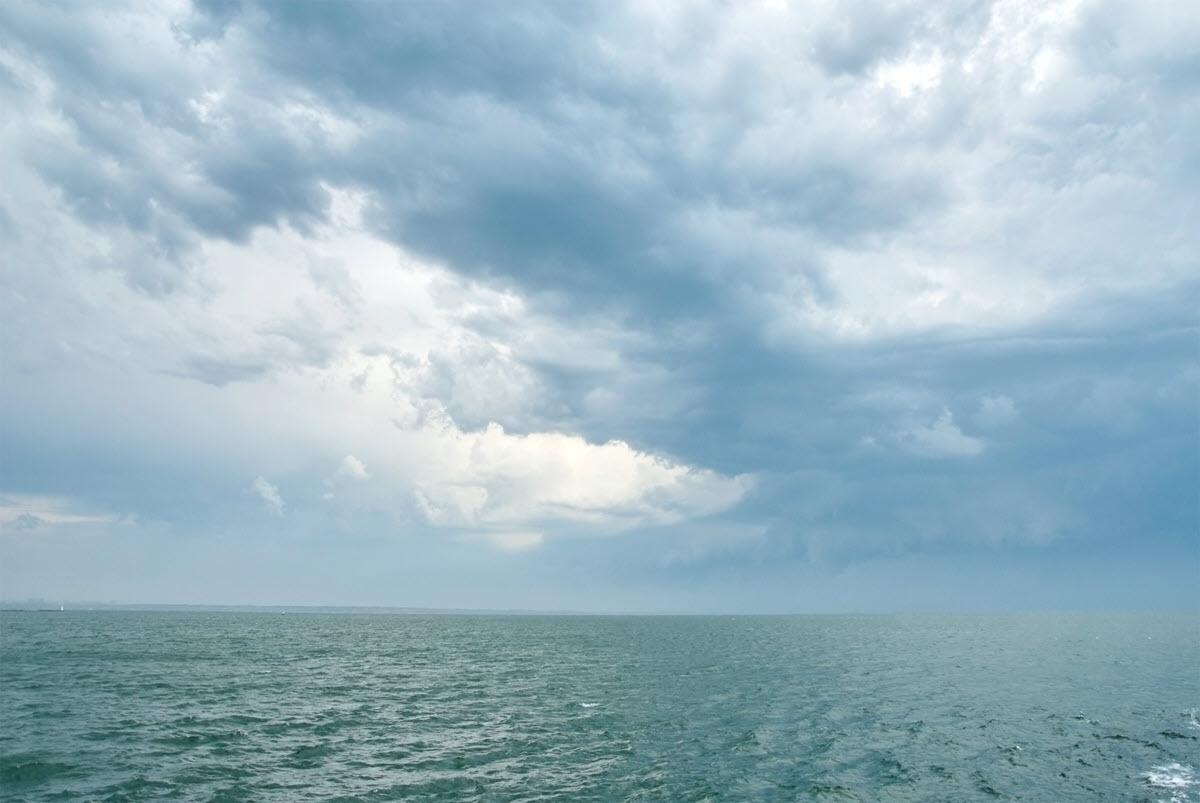 Background mây và biển