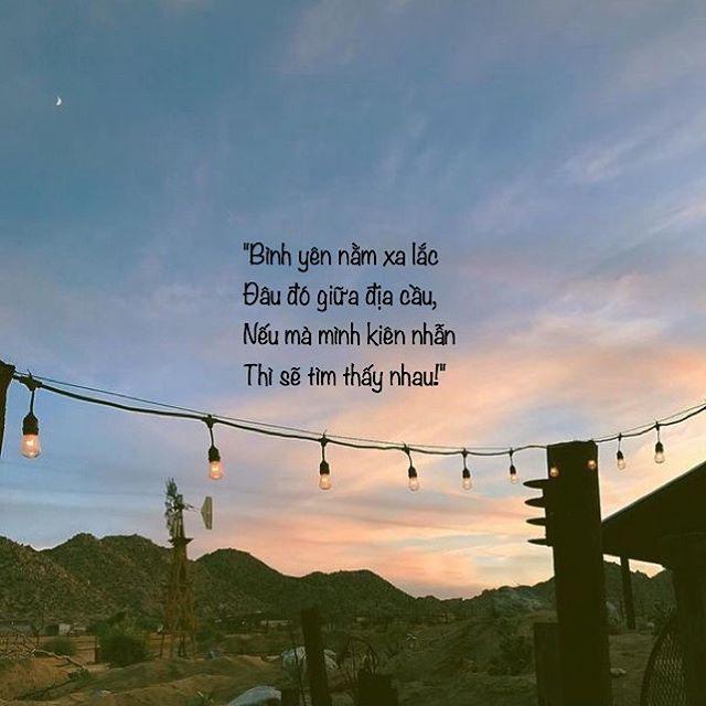 Hình quotes đơn giản