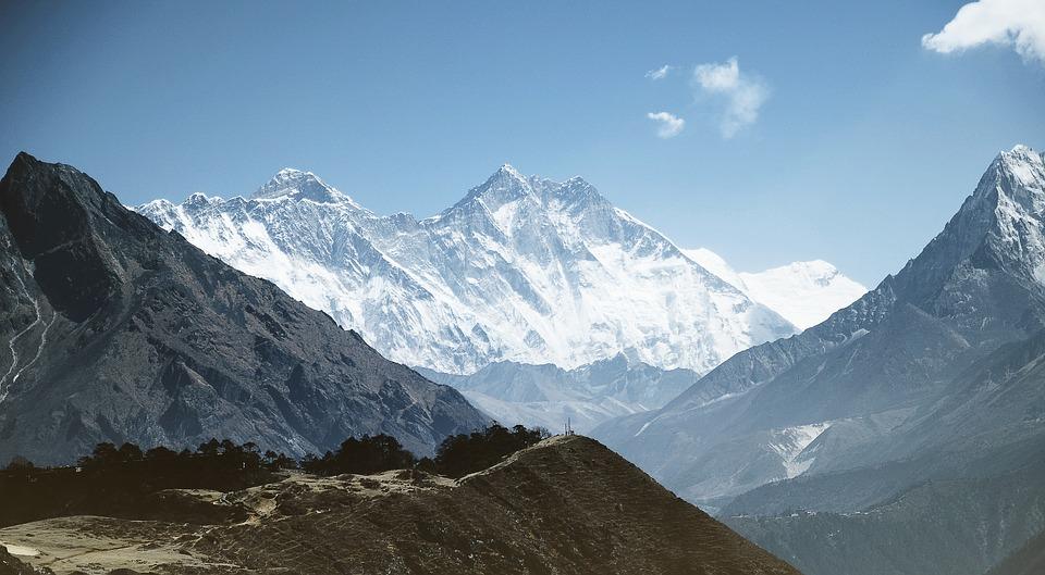 Background núi đồi thiên nhiên