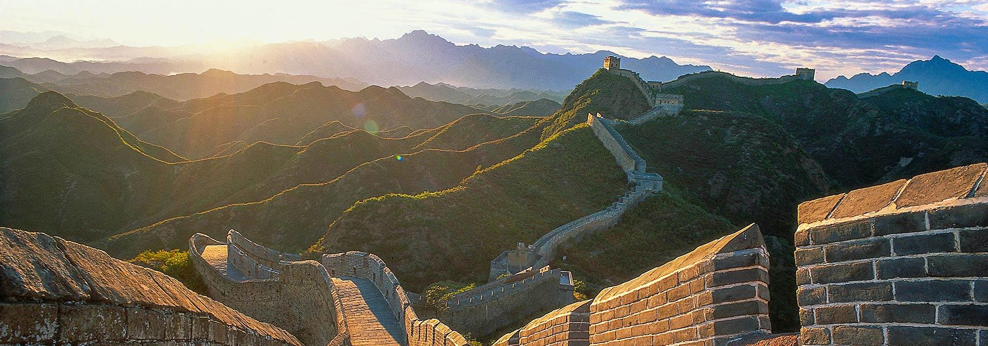 Tường thành dài nhất Trung Quốc Vạn Lý Trường Thành