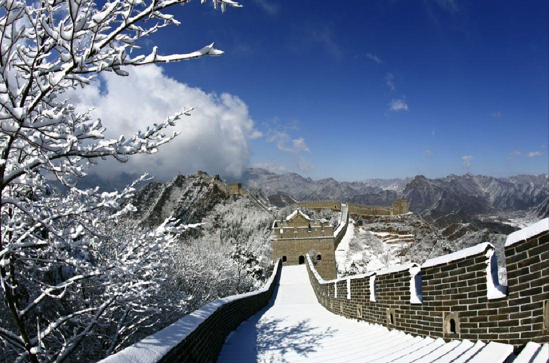 Vạn Lý Trường Thành phủ ngập trong tuyết