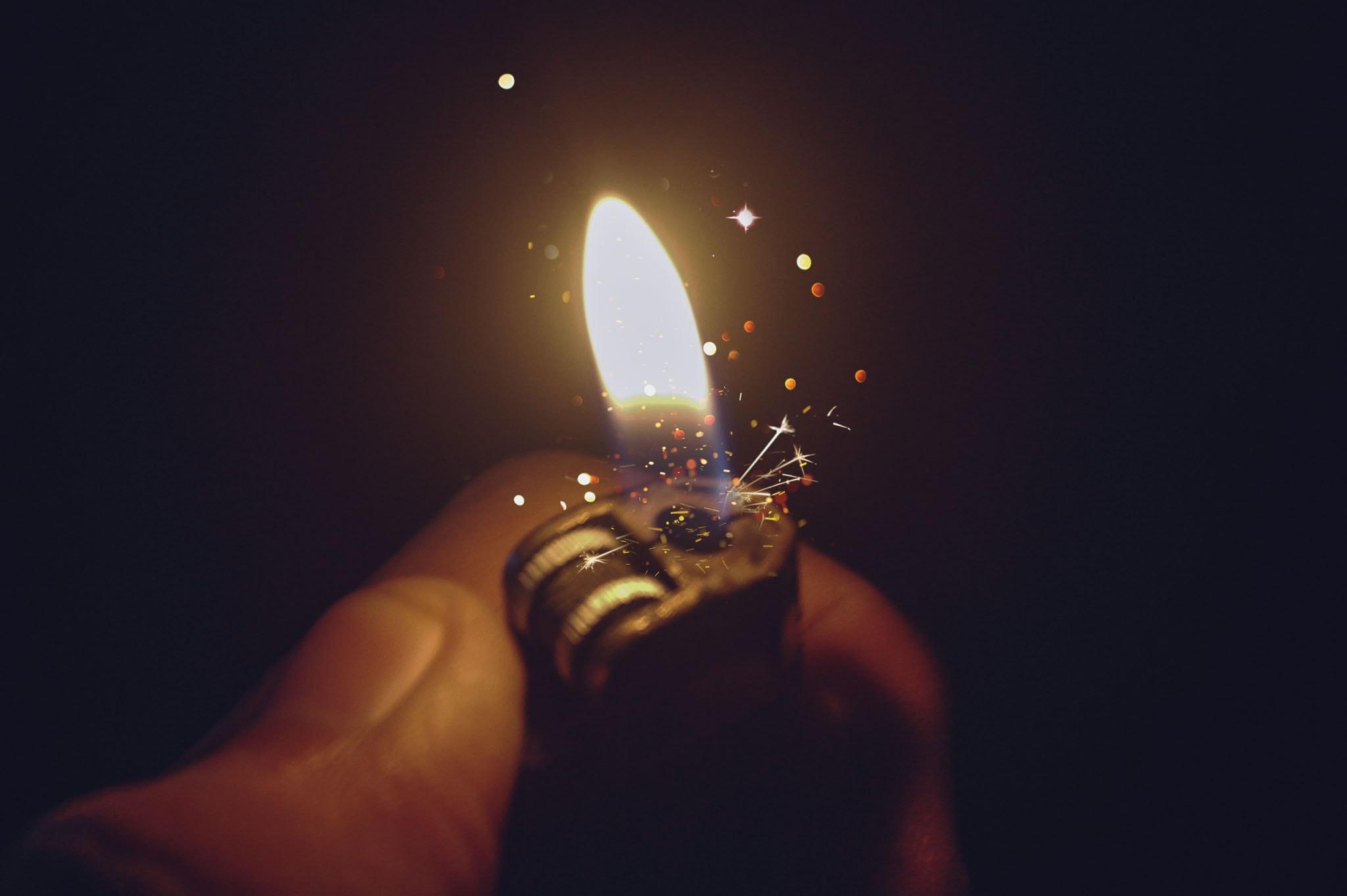 Background bật lửa đẹp