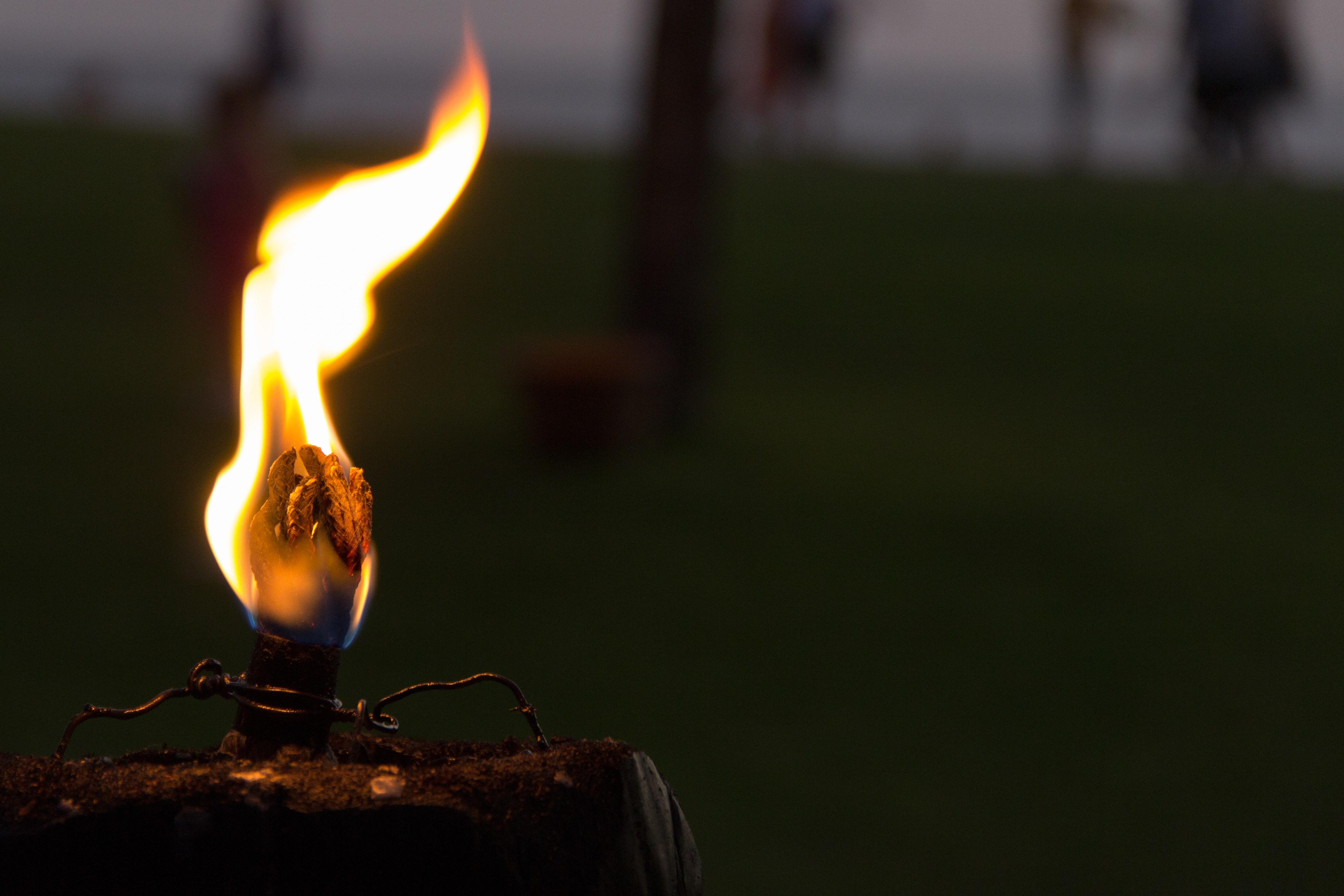 Hình ảnh Background lửa buồn