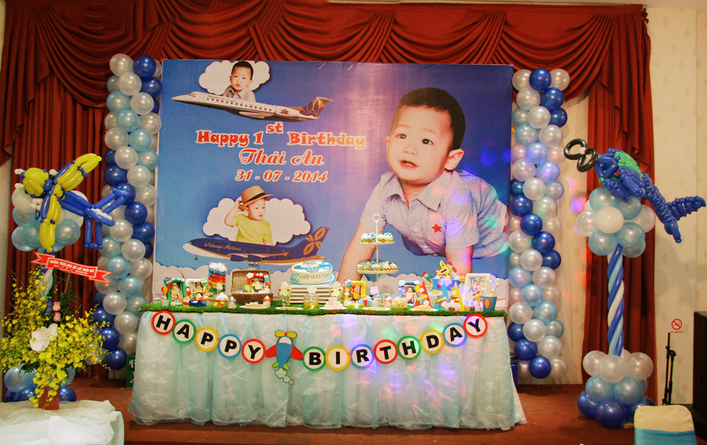 Backdrop sinh nhật bé trai