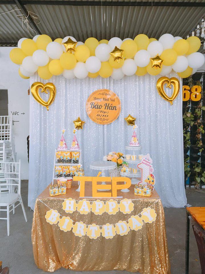 Backdrop trang trí tiệc sinh nhật